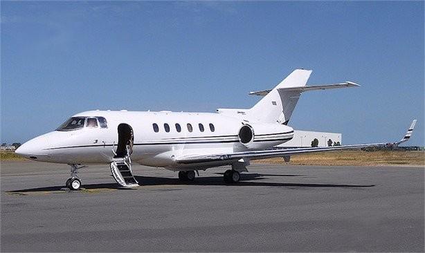 Hawker 900xp EXT (1)